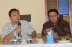 Abdul Hamid Untirta bersama Wahidin Halim, dalam diskusi FDWH