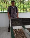 Abdul Hamid Untirta, ziarah ke makam KH. Syekh Arsyad Thawil di Manado