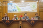 Abdul Hamid Untirta, Moderator Seminar di Untirta
