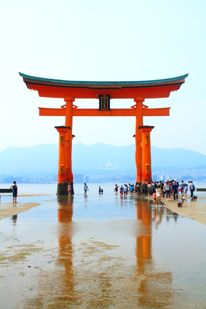 gerbang miyajima